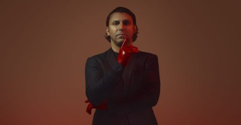 2019 Campari Red Diaries_Entering Red_Red Hand_Andreas Till_Germany