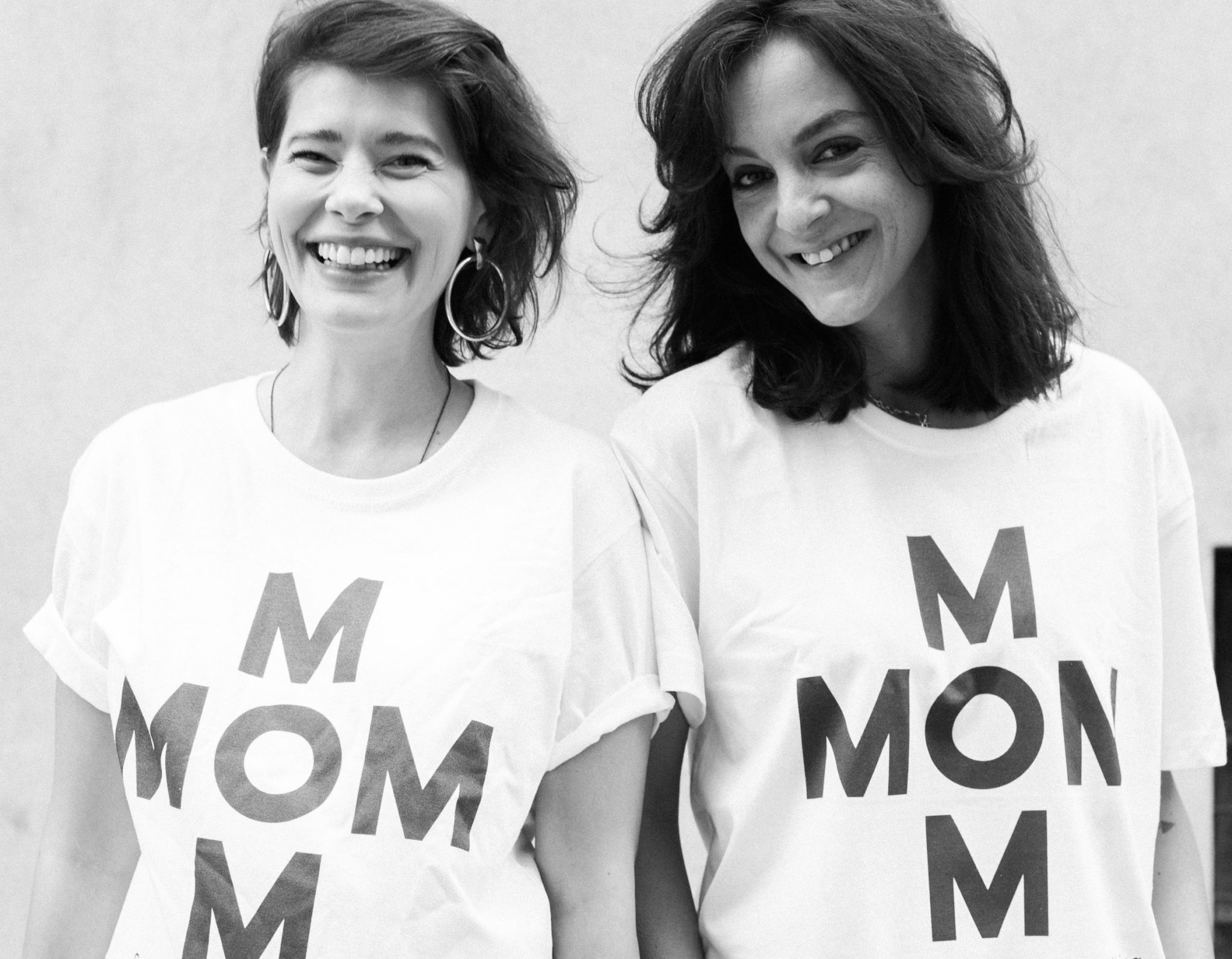 Irina Marinescu și Crina Semciuc sunt MOM- un pop-up store caritabil